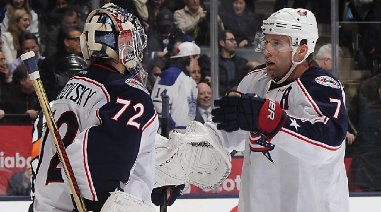 Blue Jackets edge Maple Leafs, 2-1