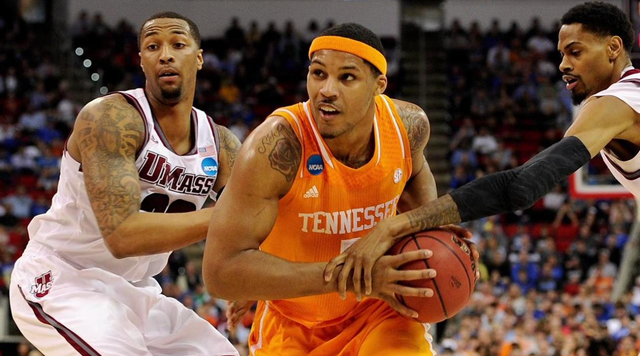 Davis: Mercer looks to keep Cinderella run going against Tennessee