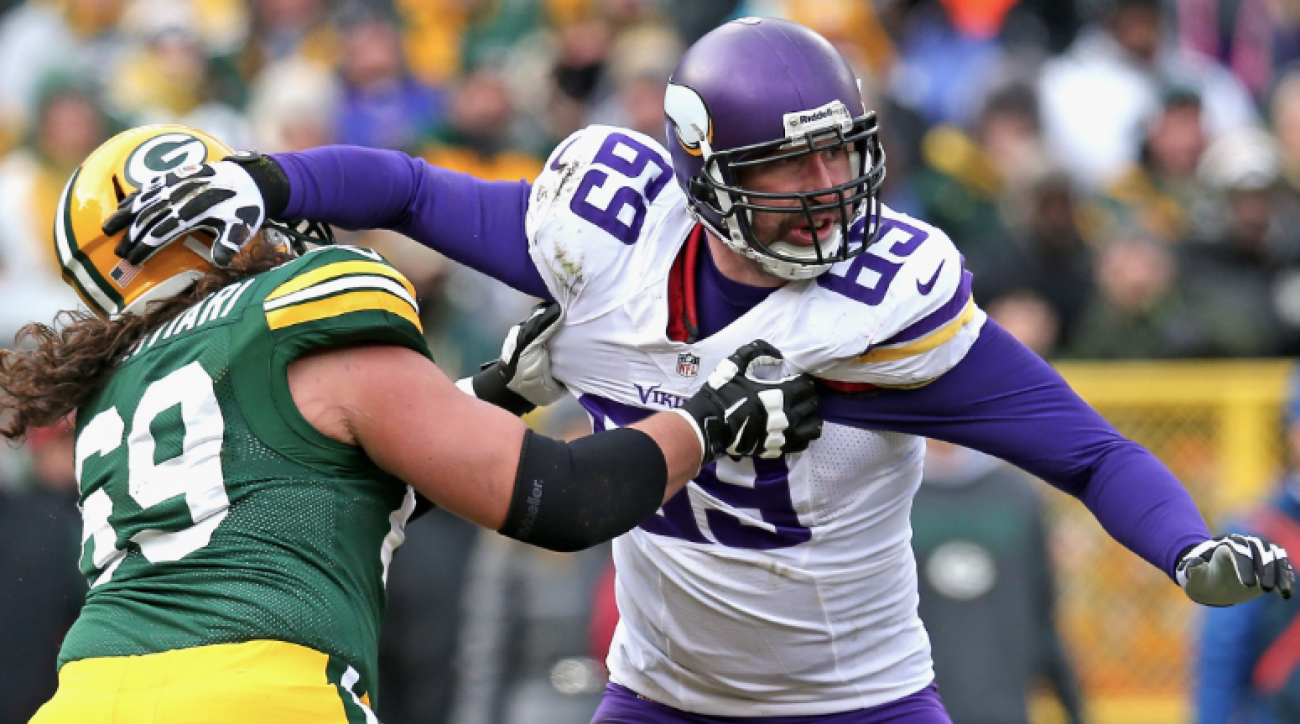 SI Now: Jared Allen signs with division rival