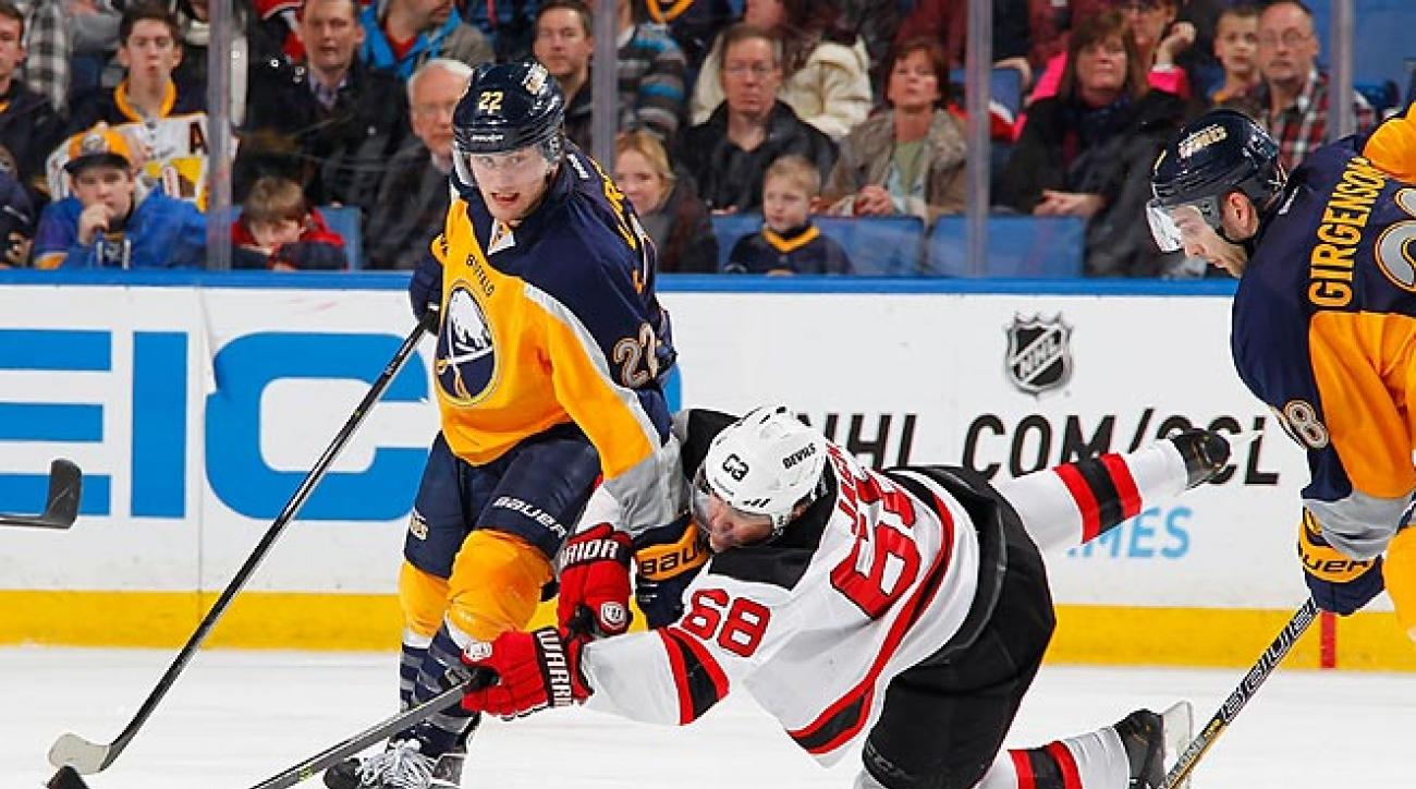 Devils lose nine-round shootout vs. Sabres, their 15th straight