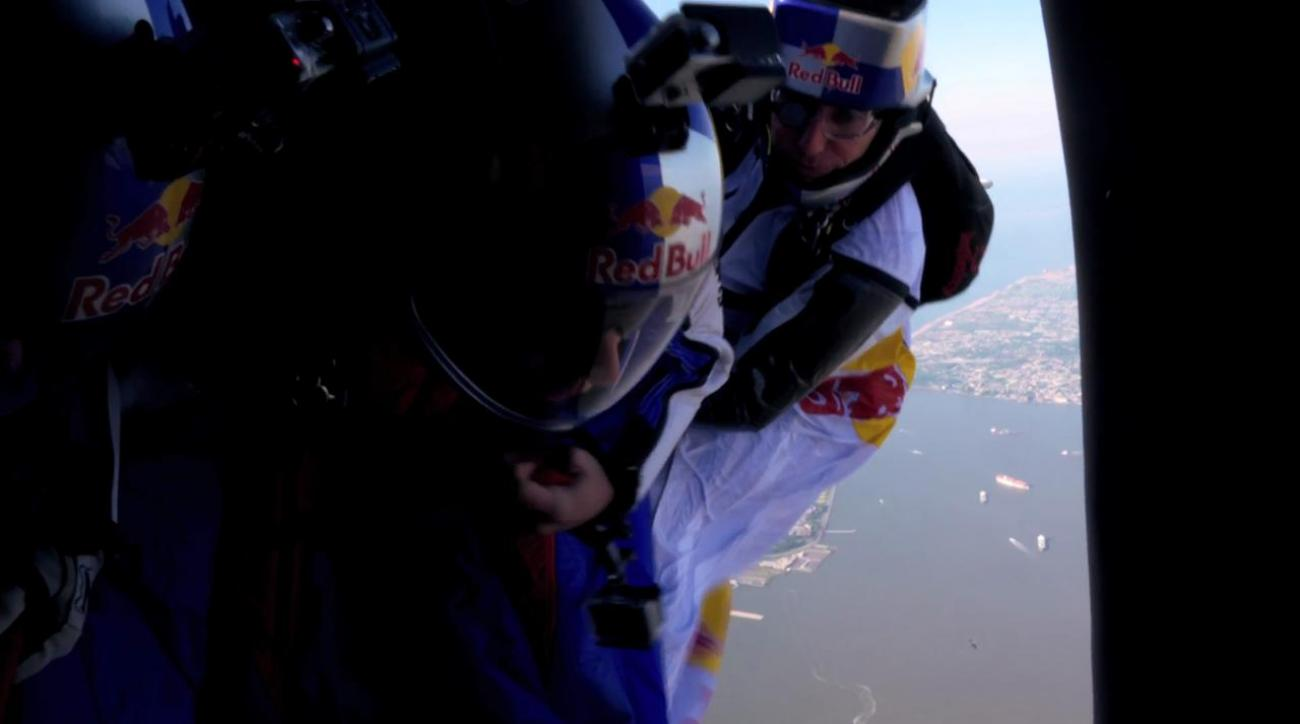 World's Top Wingsuit Athletes Fly Over Manhattan Skyline
