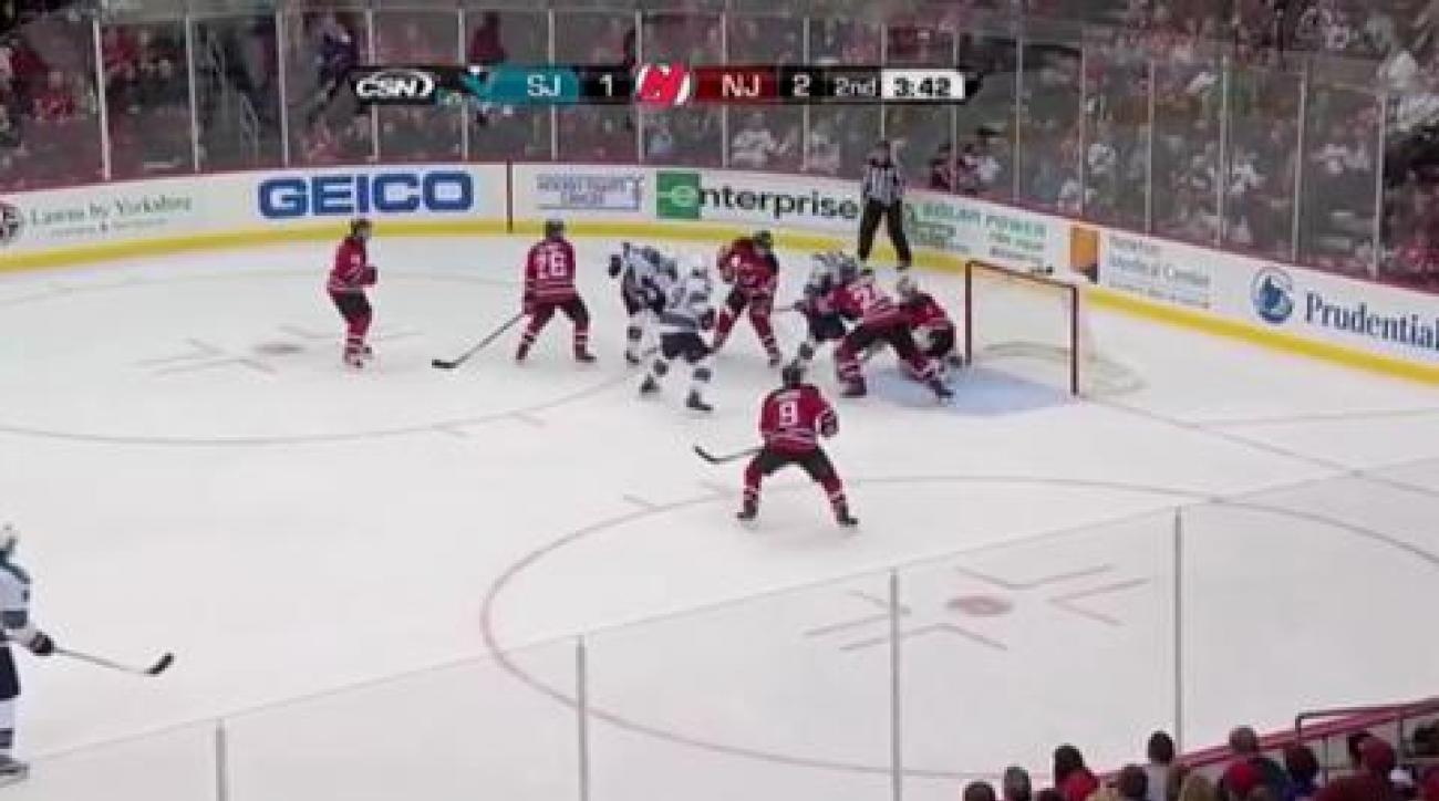 Sharks win Thornton's 1,000th game