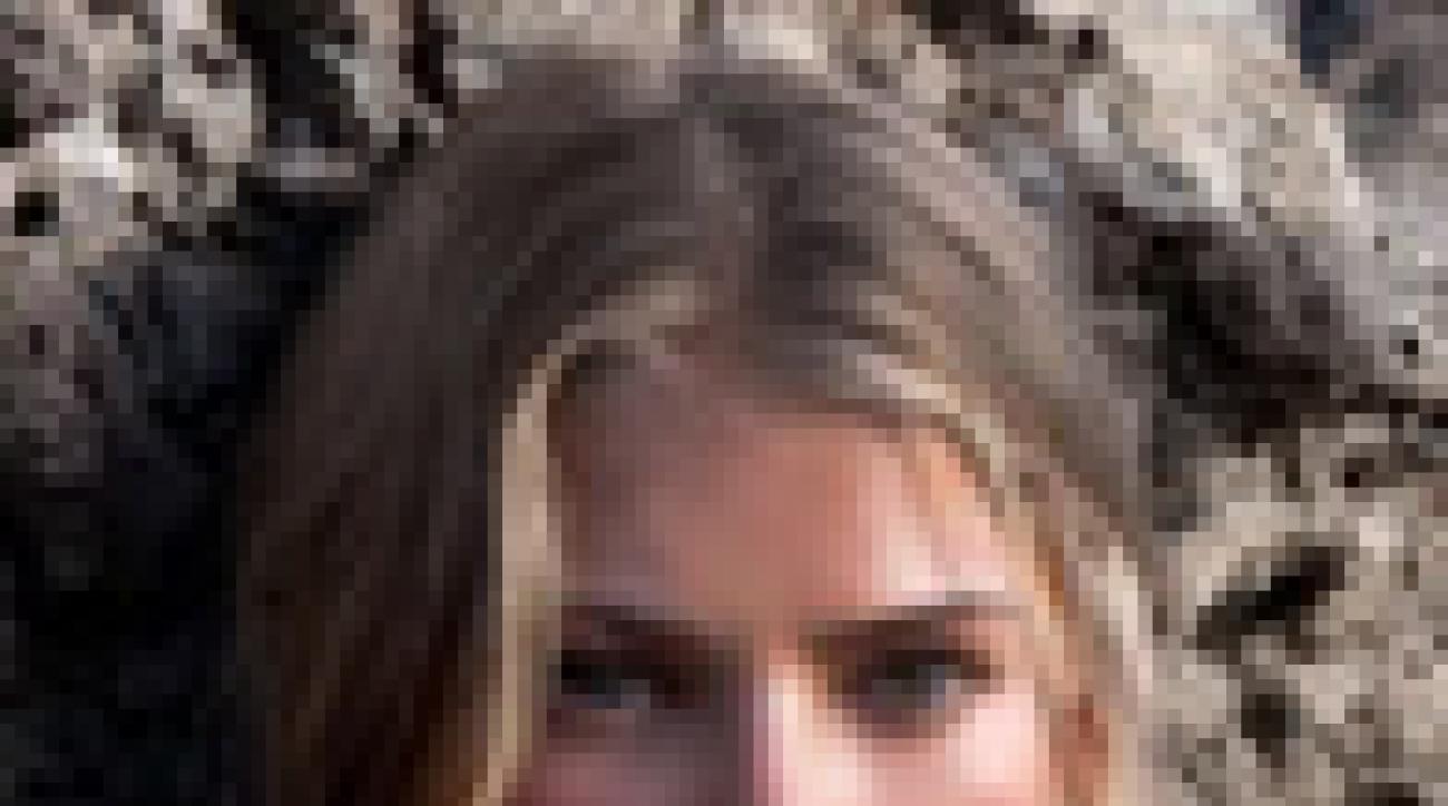 Tori Praver in Spain