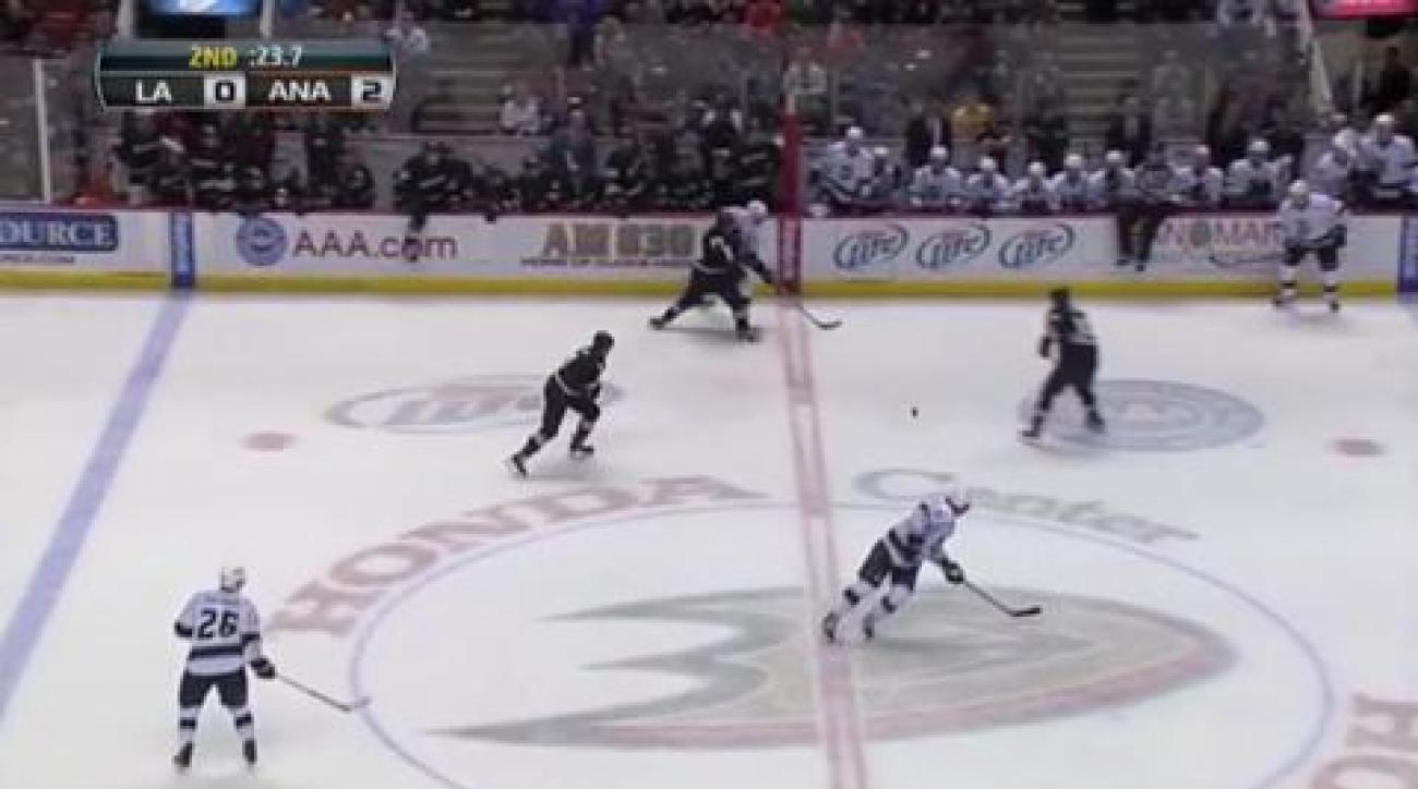 Boudreau gets first Ducks win