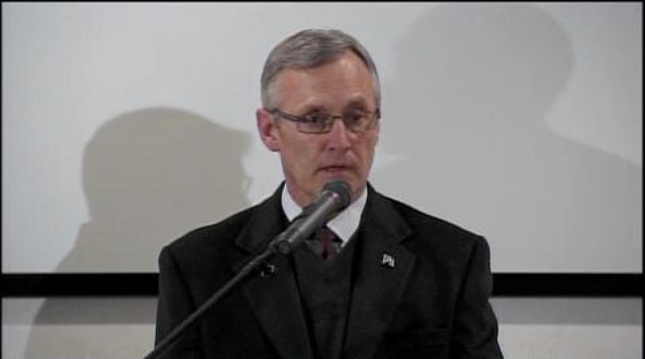 Tressel responds to allegations, new sanctions