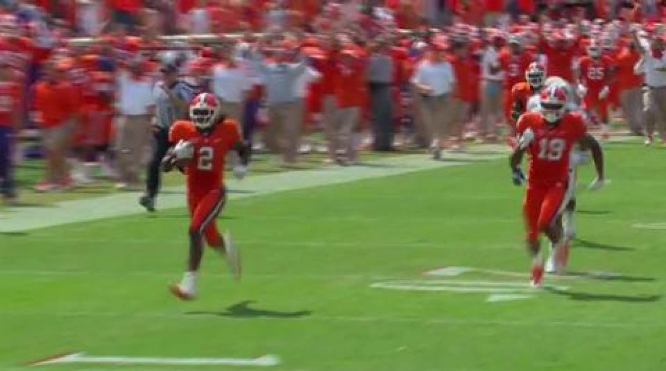 Clemson knocks off Auburn, winning streak over