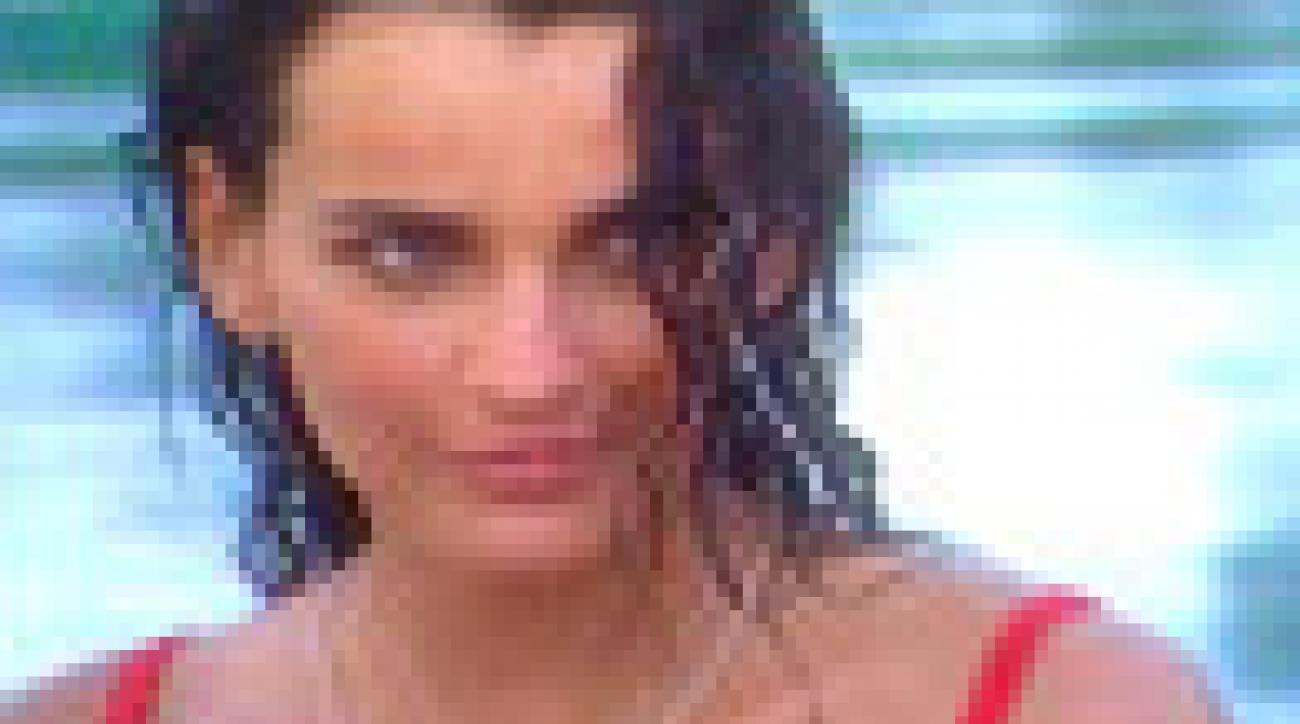 Fernanda Motta's Model Profile 2005