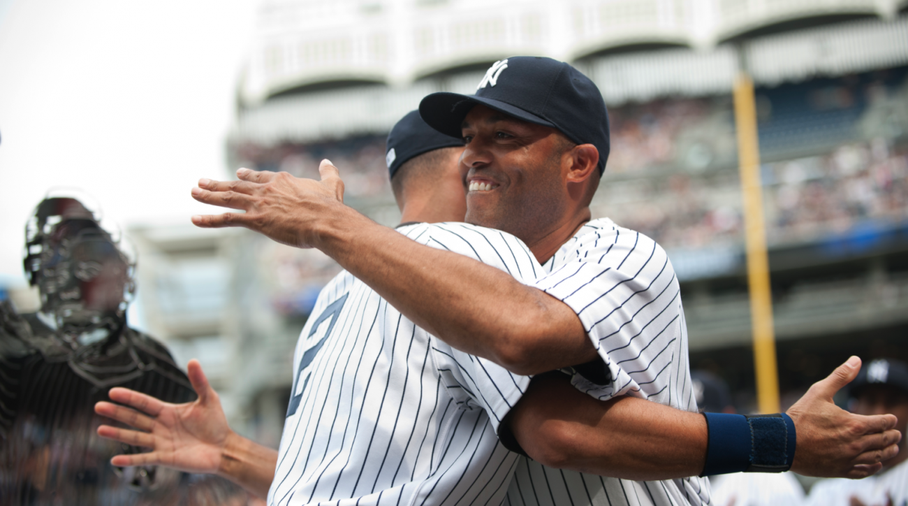 SI Now: Yankees players past and present show dignity and grace