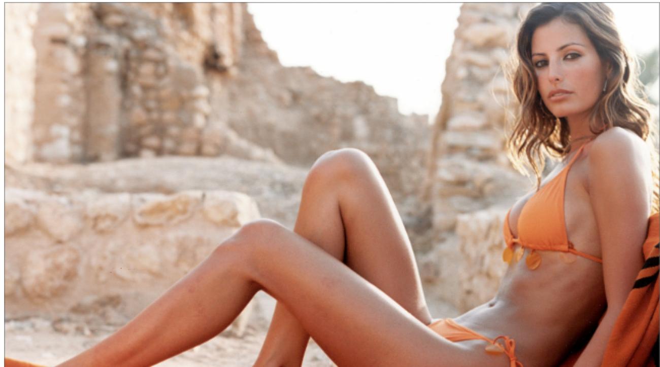 Video Elsa Benitez nudes (59 images), Topless