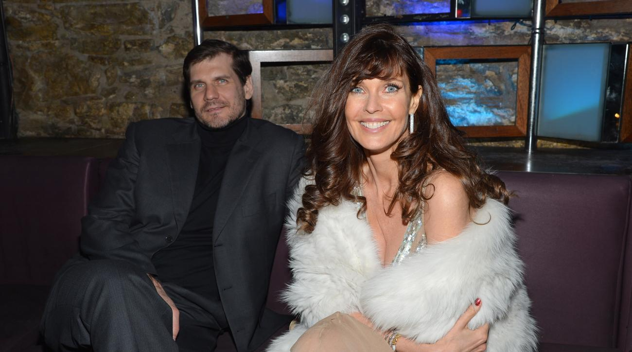 SI Now: Carol Alt on what it's like to date athletes