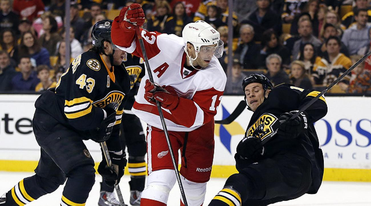 Red Wings score two in second period to sink Bruins