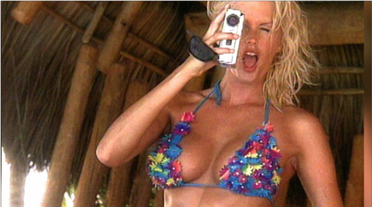 Kylie Bax, SI Swimsuit 2000