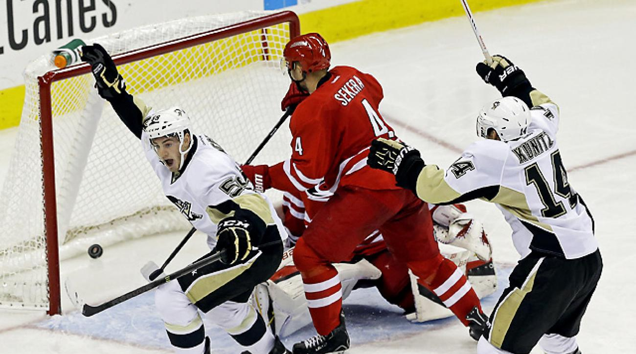 Rookie Megna helps Penguins top Hurricanes