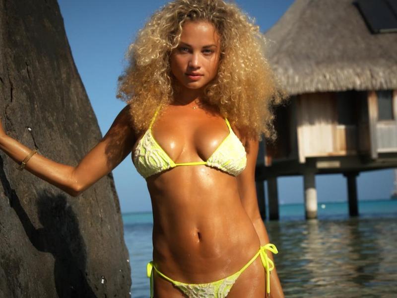 Advise bikini dream video