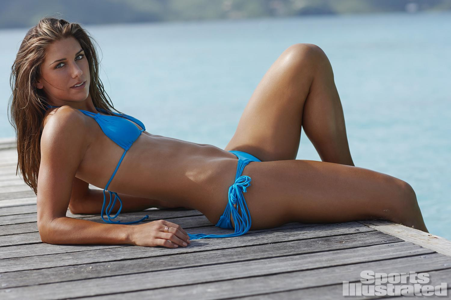 Alex Morgan Swimsuit Photos, Sports Illustrated Swimsuit 2014