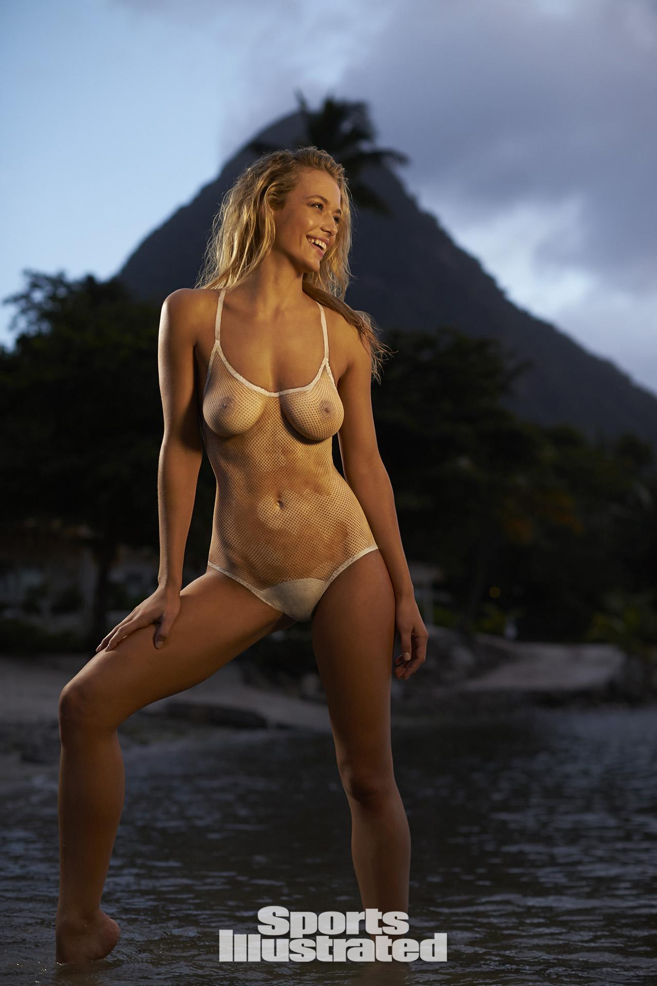 Naked pictures of christie brinkley