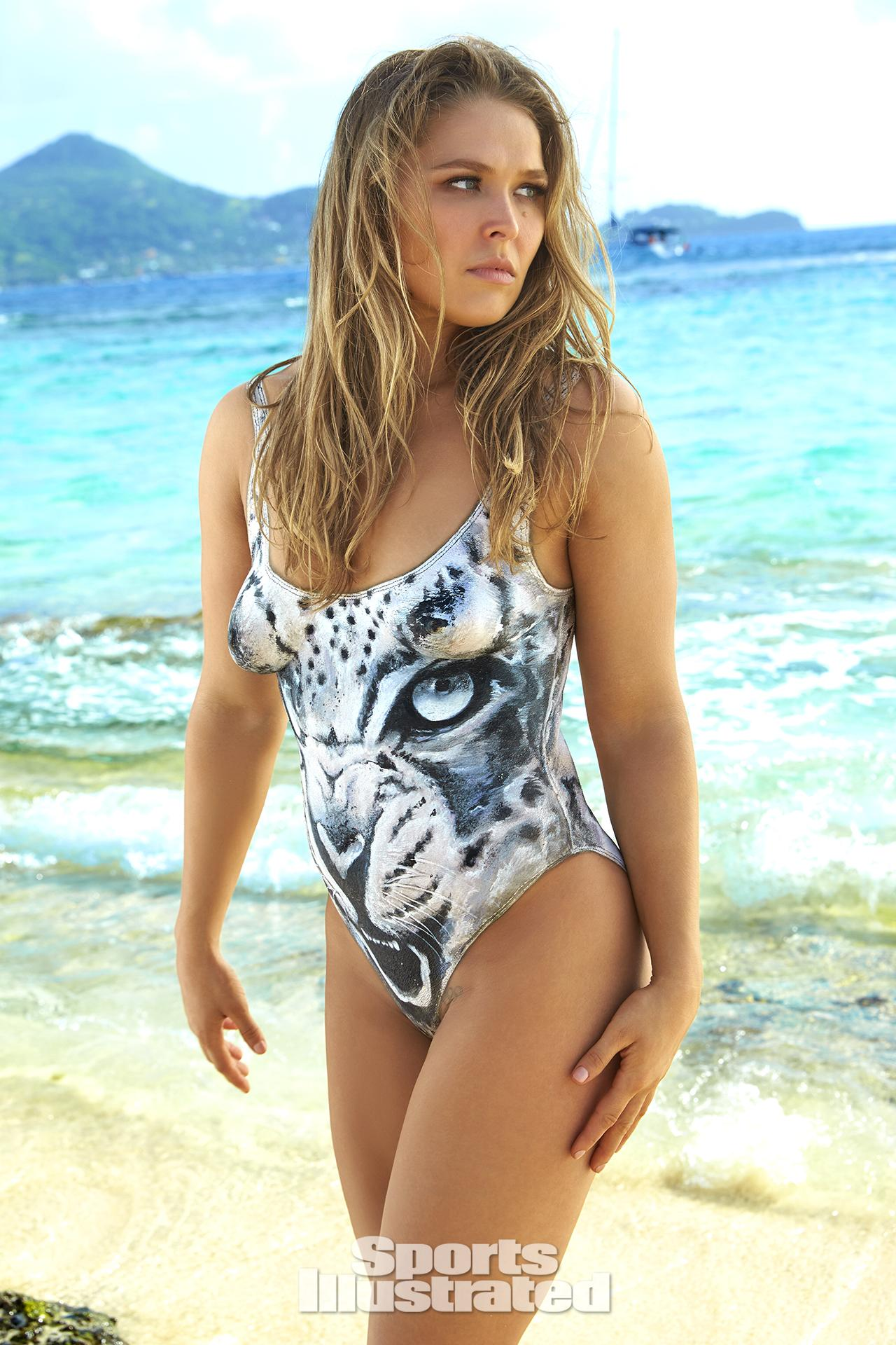 RONDA ROUSEY MMA Black Belt Magazine 5/12 HOTTEST FEMALE FIGHTER