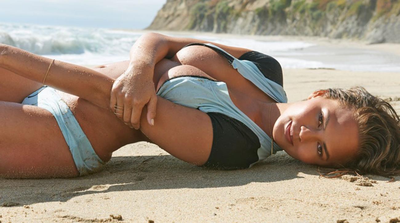 Chrissy Teigen, SI Swimsuit 2015