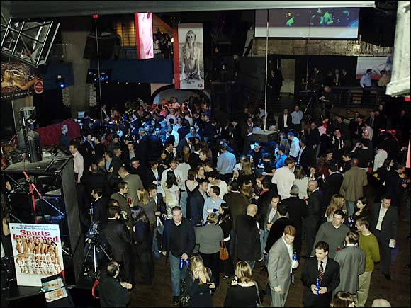 06_party_01_Gallery
