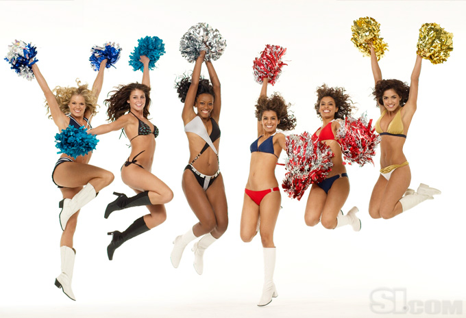 08_cheerleaders-group_09_Gallery