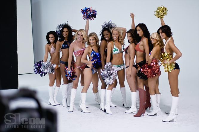09_nba-cheerleaders_behind_09_Issue