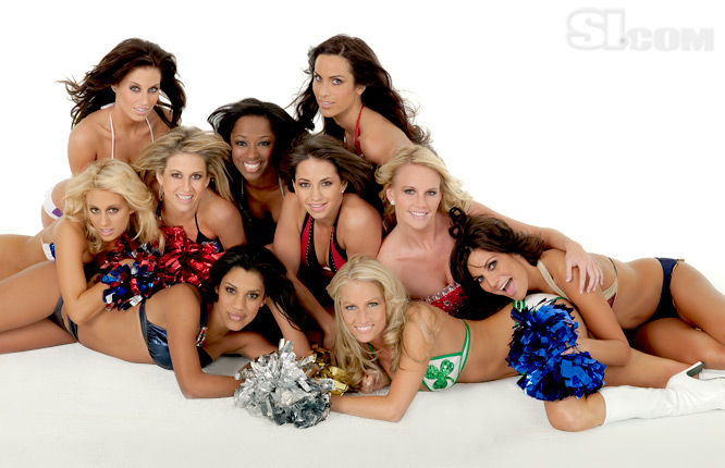 09_nba-cheerleaders_group_07_Issue