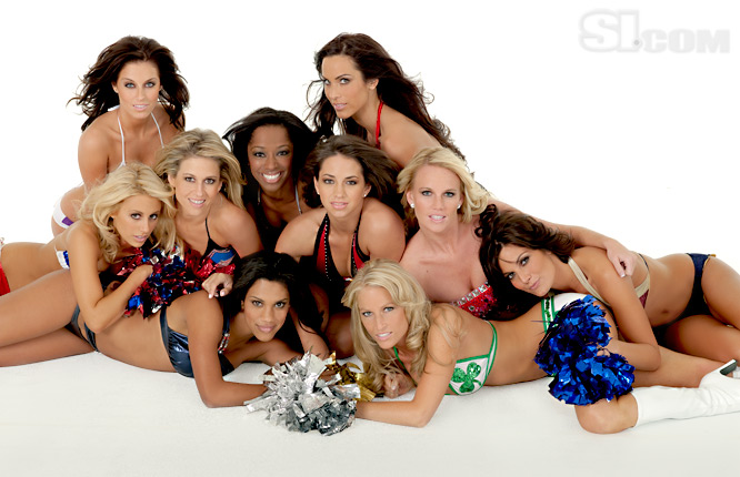 09_nba-cheerleaders_group_08_Issue