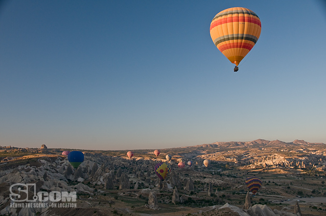09_turkey-balloon_06_Issue