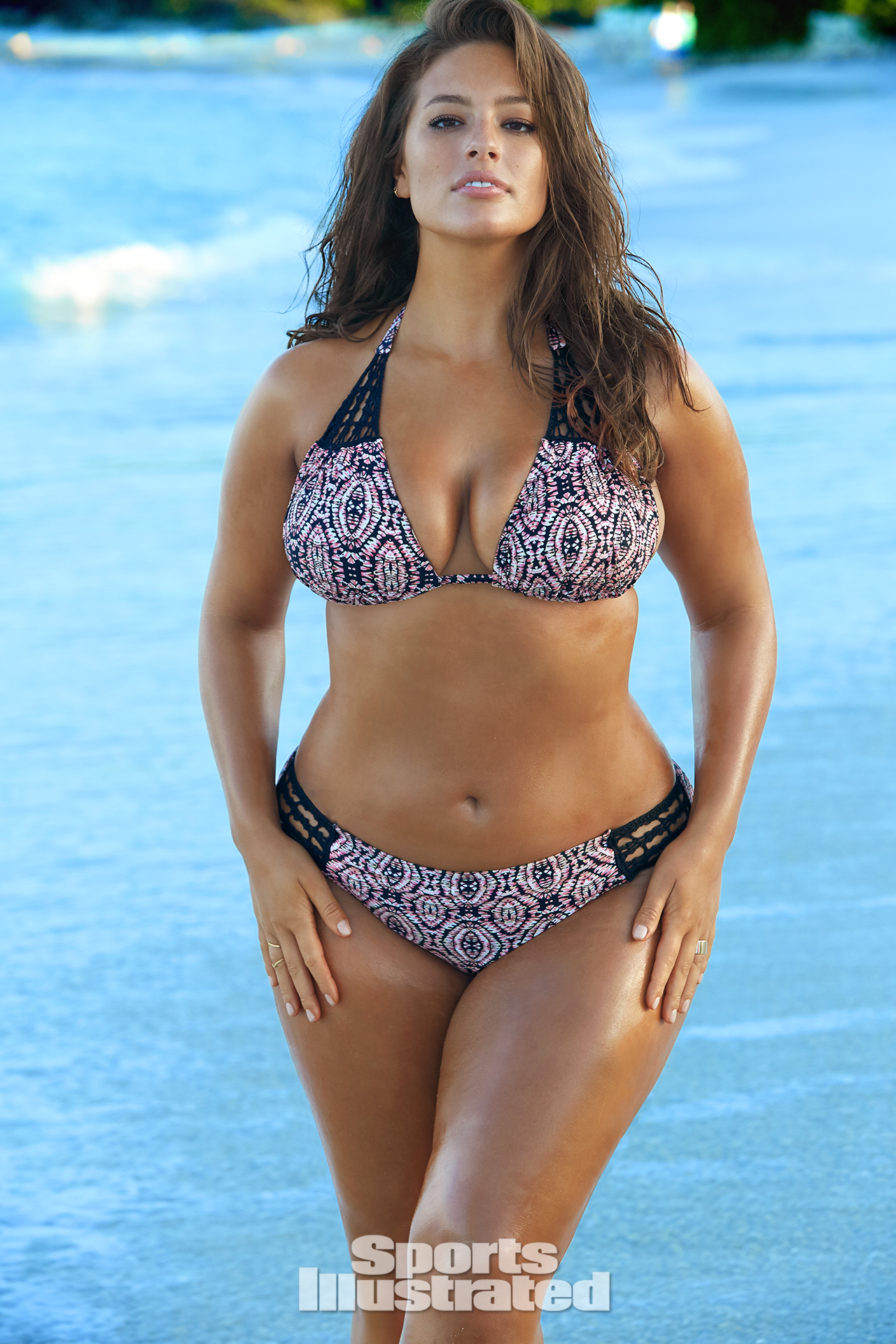 043fd82c1bb33 Ashley Graham was photographed by James Macari in Turks & Caicos. Swimsuit  by Swimsuitsforall.