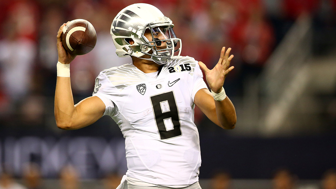 Titans select Marcus Mariota with No. 2 pick in NFL draft IMAGE