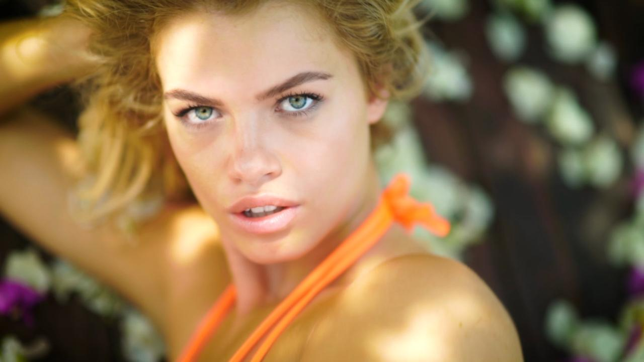 Hailey Clauson's Irresistible video SI Swimsuit 2017