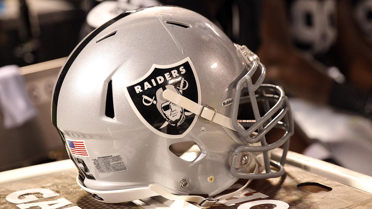 Oakland stadium landlord prefers Raiders leave by 2019