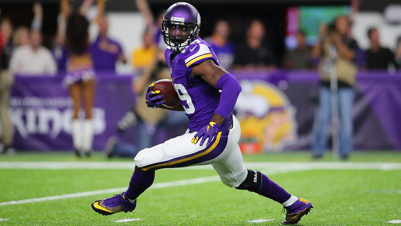 Vikings Sign Xavier Rhodes to 5 Year Extension
