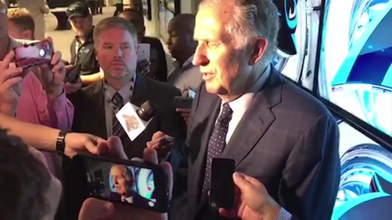 Former NFL Commissioner Paul Tagliabue Calls Trump Comments 'Insulting and Disgraceful'