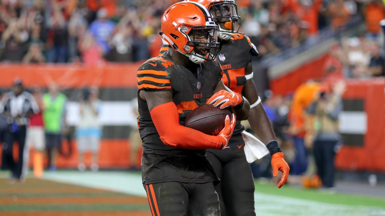 Browns RB Carlos Hyde Welcomes Newborn After Win Over Jets