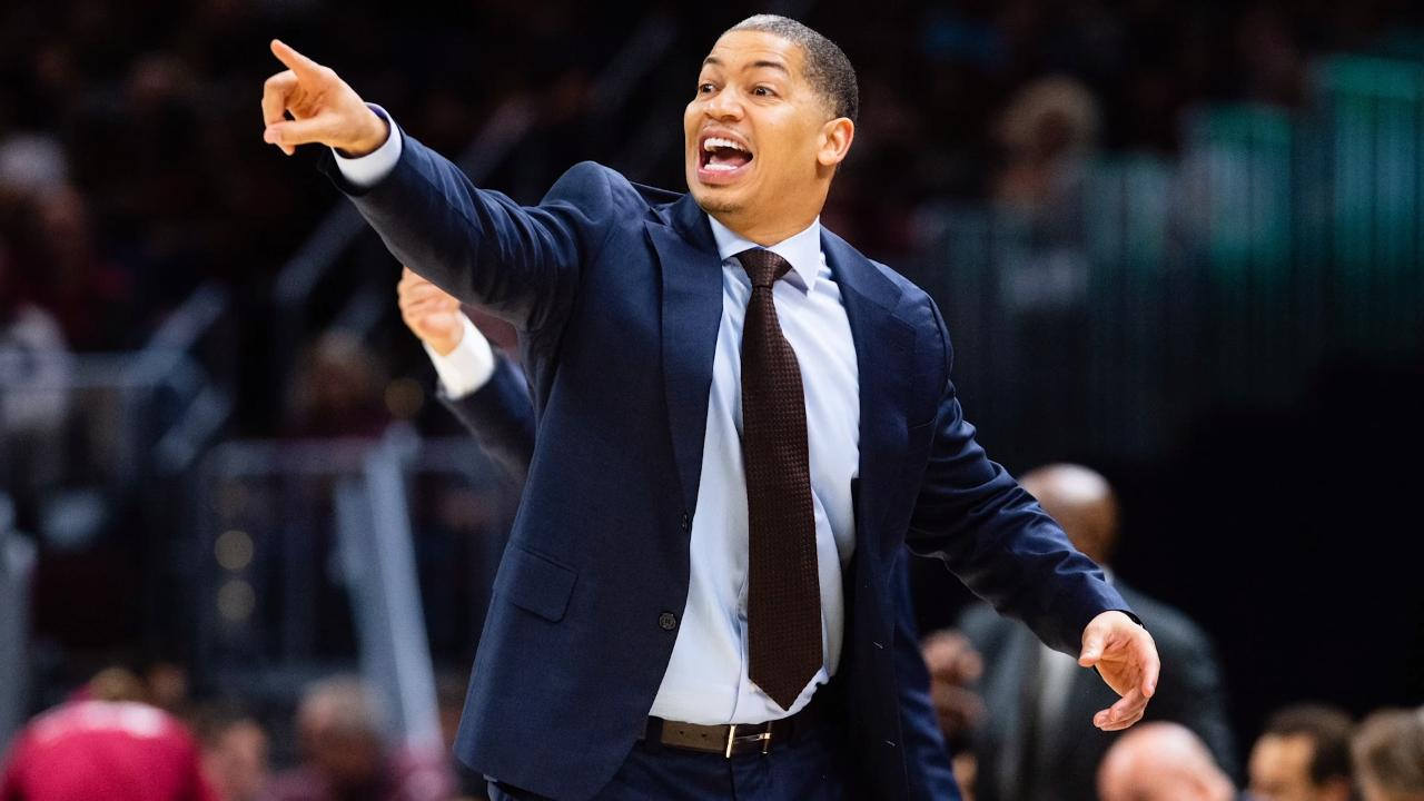 Tyronn Lue, Lakers Agree to End Contract Negotiations