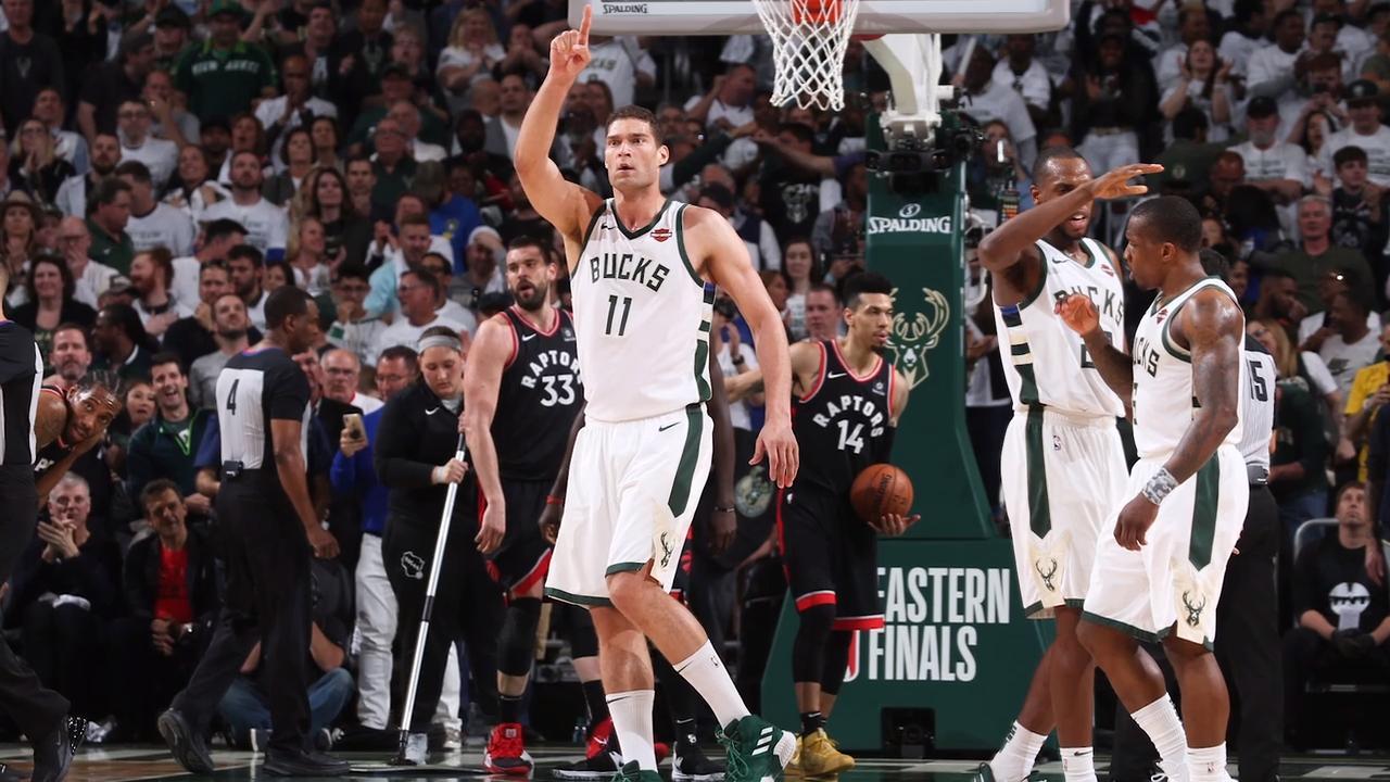 Bucks, Behind Monster Fourth Quarter, Defeat Raptors in Game 1