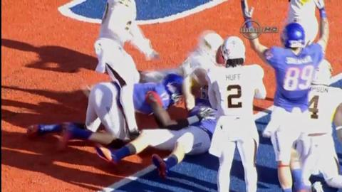 No. 7 Boise State knocks off Wyoming